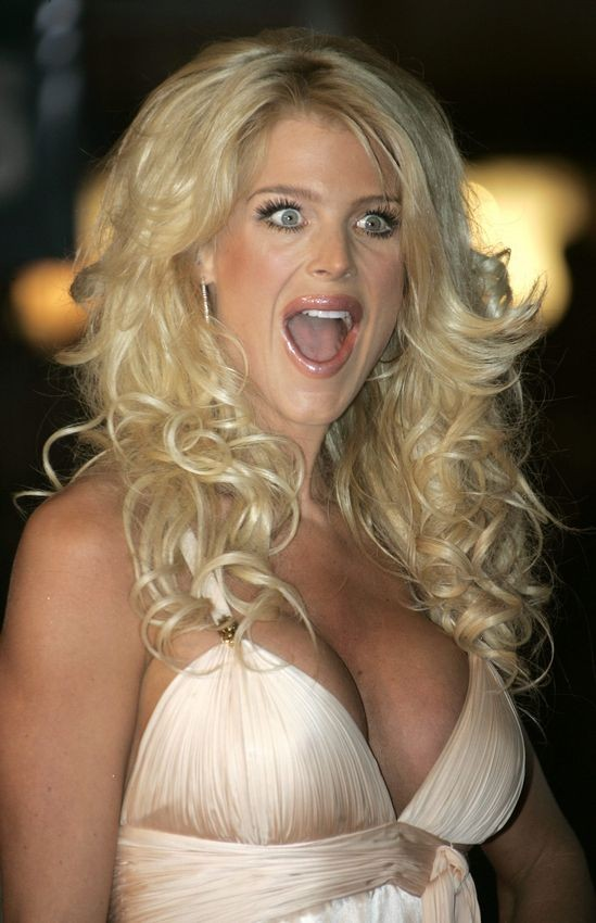 Victoria Silvstedt Caresse Sa Petite Chatte Stars Hot